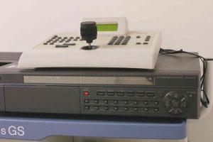 横浜 金沢区の動物病院 マーサ動物病院 医療設備 ロボットカメラ操作・録画装置